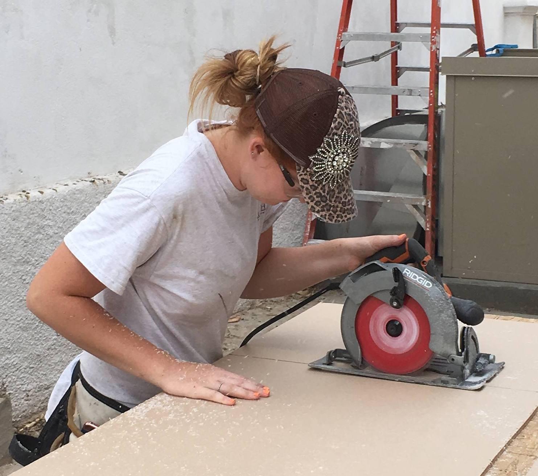 Apprentice Shelby Cutting Acrylic