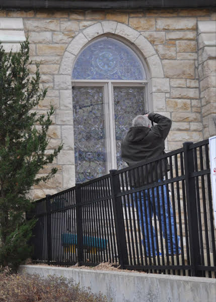 Photographing stained glass window